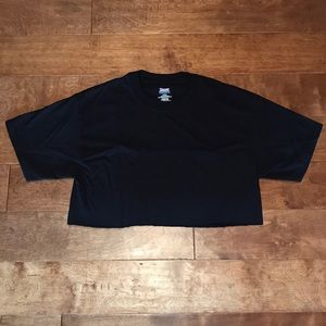 New without Tag black crop tee